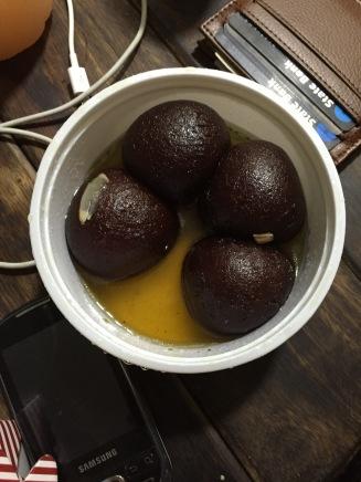 Gulab Jamun - purer Zucker