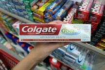 Zahnpasta gibts fuer 105 Rs (1,40 Euro). Die lokalen Marken sind eventuell guenstiger.