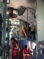 Stan ist etwas zu groß für die indischen Züge.